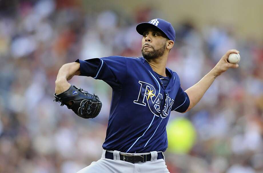David Price #14 of the Tampa Bay Rays delivers a pitch against the Minnesota Twins during the first inning at Target Field. Photo: Hannah Foslien, Getty Images