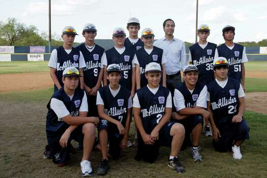 McAllister Park Little League team members pose with San Antonio Mayor Julián Castro during a meet-and-greet event, Sunday, Aug. 16, 2009. The team is headed to Williamsport, Pa., to represent the Southwest region in the Little League World Series. Photo: Jerry Lara, San Antonio Express-News / glara@express-news.net