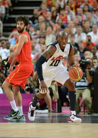 LONDON, ENGLAND - AUGUST 12:  Kobe Bryant #10 of the United States dribbles the ball up court during the Men's Basketball gold medal game between the United States and Spain on Day 16 of the London 2012 Olympics Games at North Greenwich Arena on August 12, 2012 in London, England. Photo: Harry How, Getty Images / 2012 Getty Images