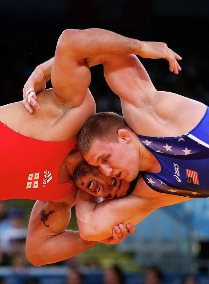 Jacob Stephen Varner of the United States in action against George Gogshelidze of Georgia during the Men's Freestyle Wrestling 96kg semi final match. Photo: Ryan Pierse, Getty Images / 2012 Getty Images