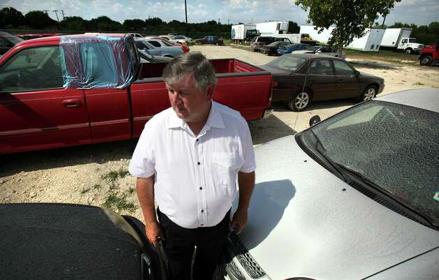 Bexar Towing founder John DeLoach argued he was within his rights to charge $250, plus more than $40 in other legally sanctioned fees, because of the state law. Last week, a Municipal Court judge found him guilty of overcharging in at least one case. He plans to appeal. Photo: BOB OWEN, San Antonio Express-News / © 2012 San Antonio Express-News