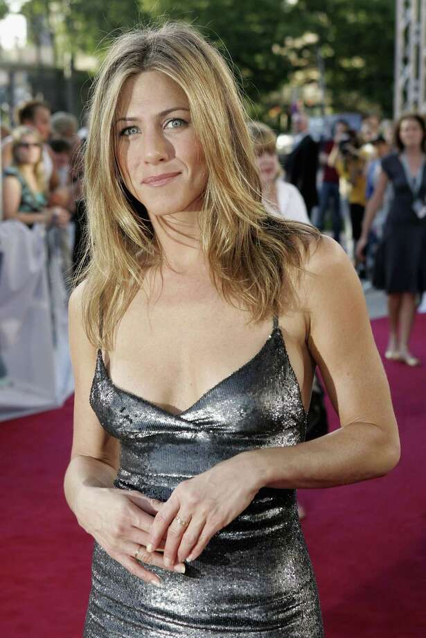 "Aniston arrives for a special screening of ""The Break-Up"" on June 12, 2006, in Hamburg, Germany. Photo: Sean Gallup, Getty / 2006 Getty Images"