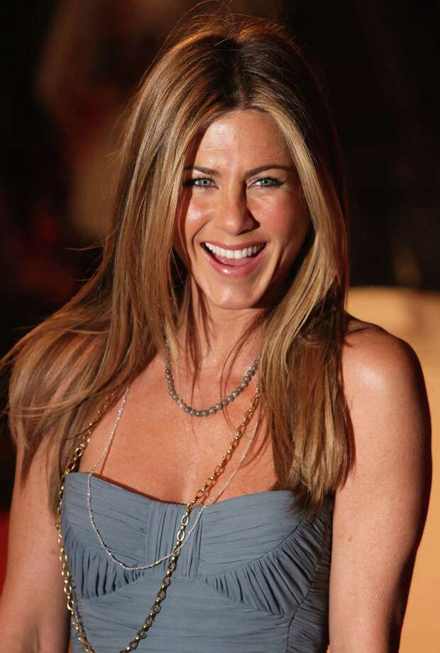 Aniston attends the UK premiere of 'Marley And Me' at the Vue West End, Leicester Square on March 2, 2009, in London. Photo: Gareth Cattermole, Getty / 2009 Getty Images