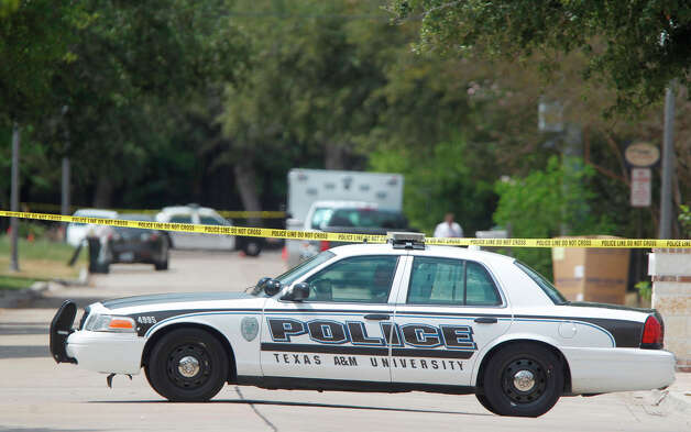 A gunman opened fire near the Texas A&M univerity on Monday, Aug. 13, 2012, in College Station. ( Mayra Beltran / Houston Chronicle ) ? Photo: Mayra Beltran, Houston Chronicle / © 2012 Houston Chronicle