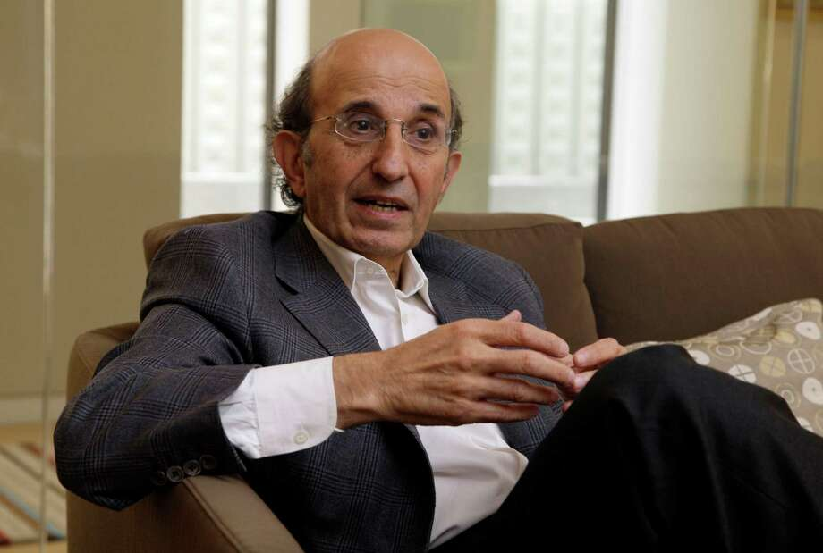 In this July 31, 2012 photo, Joel Klein, CEO of Amplify, speaks during an interview in his New York office. Klein, former New York City schools chief, left to run News Corp.'s education division but spent much of the past year defending boss Rupert Murdoch in the phone-hacking scandal that has rocked the British media. The investigation into the use of information taken from stolen phones is continuing, but Klein is back in New York to launch Amplify, News Corp.'s entry into the burgeoning field of digital learning. (AP Photo/Richard Drew) Photo: Richard Drew / AP