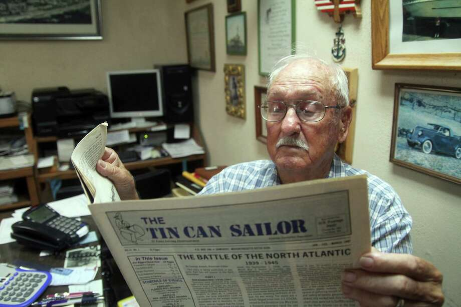"World War II veteran Roy Powell served aboard a destroyer. He's attempting to organize a local ""Tin Can Sailors"" to connect with former shipmates. Photo: Pin Lim / Copyright Pin Lim."