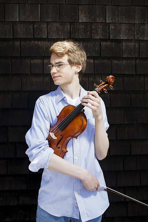 Kenneth Renshaw won first prize at the Yehudi Menuhin Young Violinists International Competition in Beijing. Photo: Stephen Lam, Special To The Chronicle