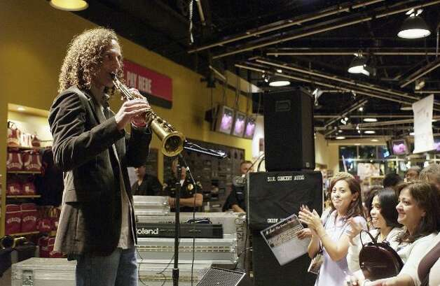 Kenny Gorlick, Franklin, 1974: Musician Kenny G, shown here in 2005, grew up in Seward Park and was also a star golfer at Franklin. A magna cum laude graduate from the University of Washington, he also was in one of Seattle's best funk bands, Cold Bold and Together. (Getty Images)