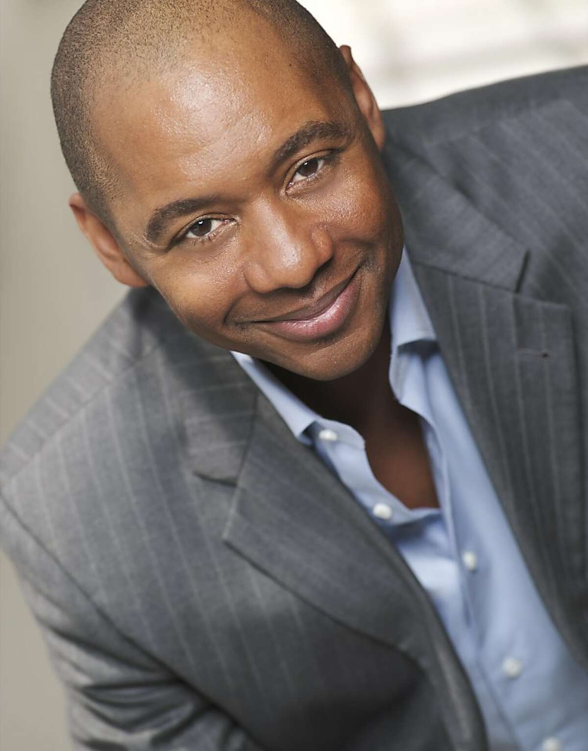 Branford Marsalis will play solo at Grace Cathedral.