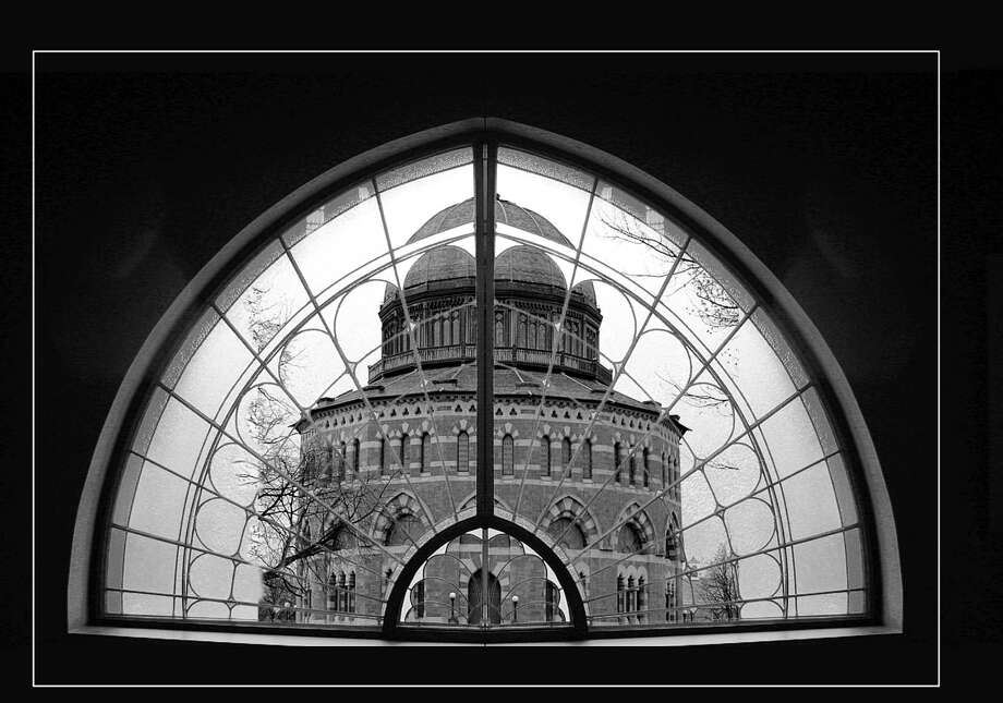 ken deitcher Ken Deitcher of the Schenectady Photographic Society, provides a different perspective on the Nott Memorial at Union College. Deitcher enjoys manipulating many of his creations in Photoshop using plug-ins and filters. Some of Deitcher?s work can take as long as month to complete. His pictures start with images captured on his Canon EOS 50D camera.