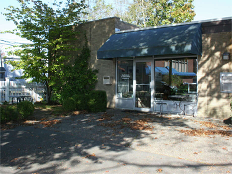 Mathnasium, a franchised math learning center, has signed a long-term lease for 1,800 square feet at 15 Corbin Drive, Darien. Photo: Contributed