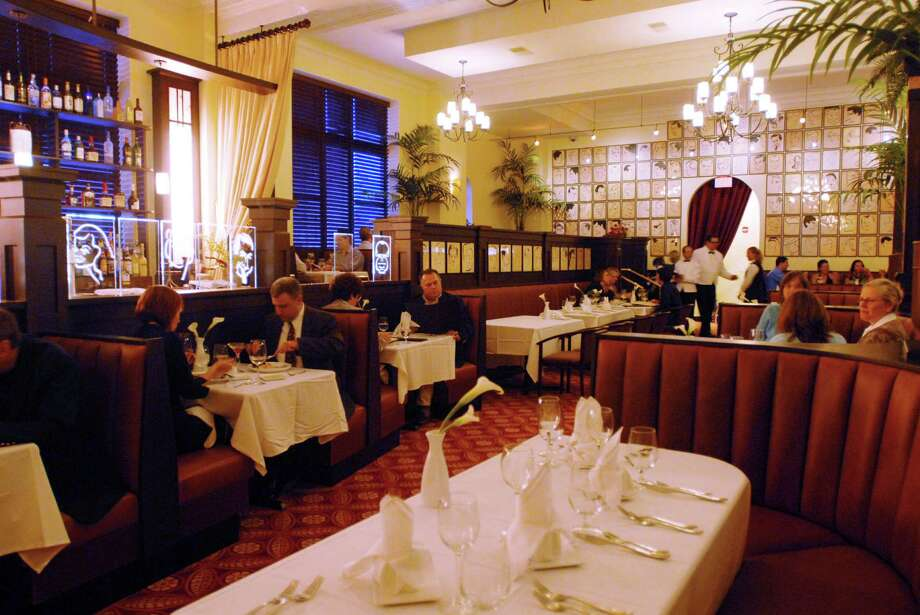 The Brown Derby restaurant on Clinton Ave. in downtown Albany, NY, on Tuesday, Sept. 30, 2008. Photo: LUANNE M. FERRIS / 00000525A