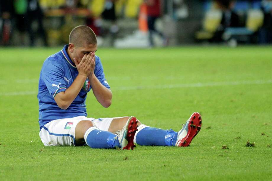 Italy's Marco Verratti reacts after failing to score during an international friendly test match between the national soccer teams of Italy and England at the Stade de Suisse stadium, in Bern, Switzerland, Wednesday, Aug. 15, 2012. (AP Photo/Keystone, Salvatore Di Nolfi) Photo: SALVATORE DI NOLFI, Associated Press / KEYSTONE