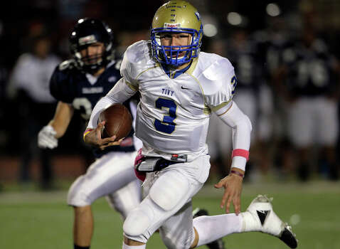 Johnny Manziel runs in the open field as Boerne Champion plays Kerrville Tivy at Greyhound Stadium in Boerne on Oct. 29, 2010. Photo: Tom Reel, San Antonio Express-News / © 2010 San Antonio Express-News