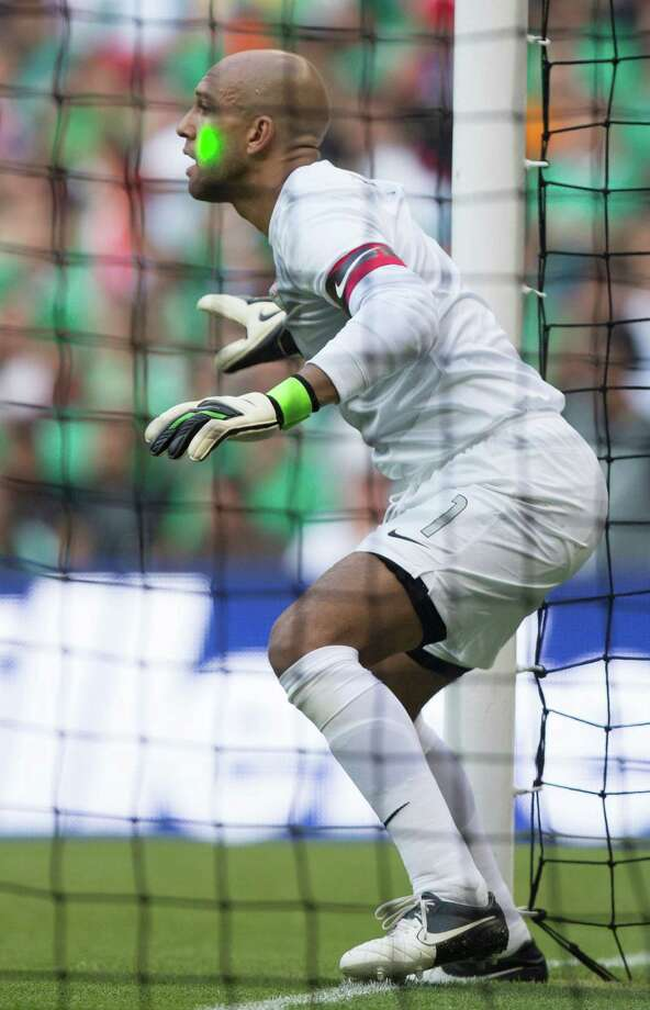 MEXICO CITY, MEXICO - AUGUST 15: Timothy Howard of the United States jumps for the ball during a FIFA friendly match between Mexico and US at Azteca Stadium on August 15, 2012 in Mexico City, Mexico. Photo: Miguel Tovar, Getty Images / 2012 Getty Images