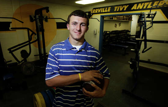 Portrait of Johnny Manziel of Kerrville Tivy. The high school junior is the Express-News Boys Athlete of the Year for 2009-2010 for his accomplishments in football, baseball and golf. Manziel said for his senior year he's considering going out for basketball to round out his sports. Kin Man Hui/kmhui@express-news.net Photo: Kin Man Hui, San Antonio Express-News / San Antonio Express-News