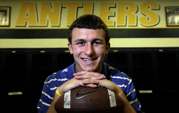 Portrait of Johnny Manziel of Kerrville Tivy. The high school junior is the Express-News Boys Athlete of the Year for 2009-2010 for his accomplishments in football, baseball and golf. Manziel said for his senior year he's considering going out for basketball to round out his sports. Photo: Kin Man Hui, San Antonio Express-News / San Antonio Express-News