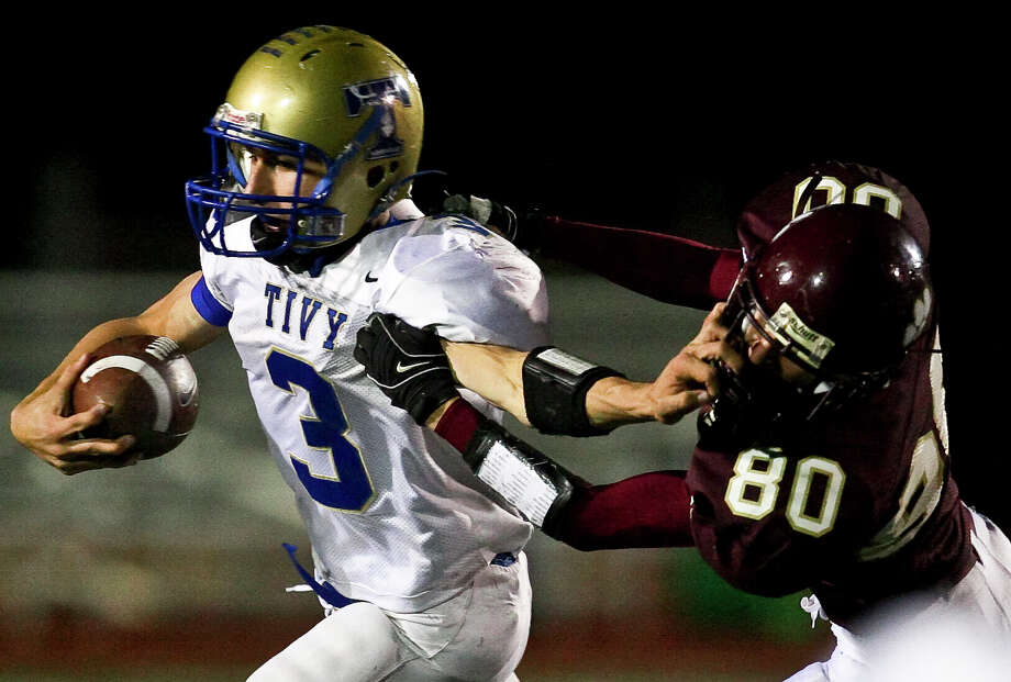 Kerrville Tivy quarterback Johnny Manziel made an appearance in San Antonio in a playoff game at Comalander Stadium in 2008 - a Tivy victory. Photo: Express-News File Photo / SAN ANTONIO EXPRESS NEWS