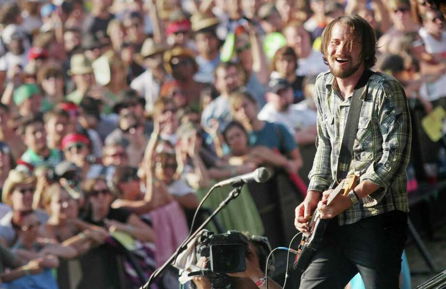 Silversun Pickups  Photo: Jack Plunkett, AP / PLUNJ