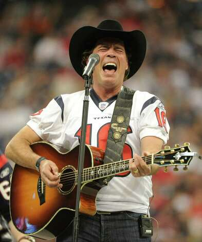 Clay Walker, of country music fame, graduated from Vidor High School. / FR43584