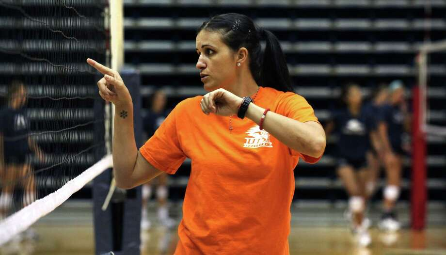 Sanja Tomasevic, a former two-time All-American who led Washington to the NCAA title in 2005 at the Alamodome, has joined the Roadrunners' volleyball program as an assistant coach. Bob Owen / San Antonio Express-News Photo: BOB OWEN, San Antonio Express-News / © 2012 San Antonio Express-News