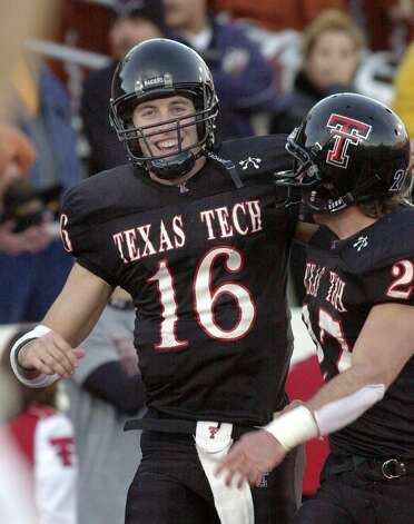 New Braunfels grad Kliff Kingsbury rewrote Texas Tech, Big 12 and NCAA records with 12,423 yards while completing 65.3 percent of his passes (1,229 of 1,881) with 95 TDs and 40 interceptions for the Red Raiders from 1999 to 2002. He earned a Super Bowl ring while on the injured reserve with the New England Patriots in 2003. He is now the offensive coordinator at A&M, guiding Tivy grad Johnny Manziel.