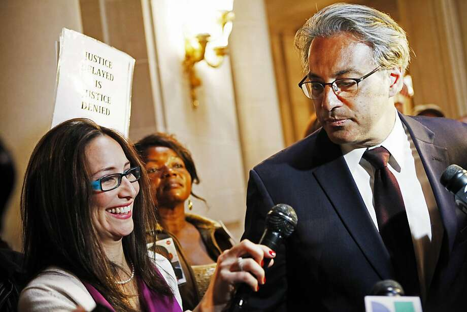 The ethics panel will not advise supervisors whether Ross Mirkarimi should stay. Photo: Sonja Och, Associated Press