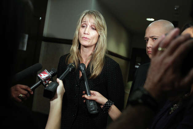 Defense attorney Carolyn Wheatland speaks to media at the close of the guilty verdict day of the David Seaton trial at the Bexar County Justice Center 226th Judicial Court, Monday, November 29, 2010. Photo: JENNIFER WHITNEY, Special To The Express-News / special to the Express-News