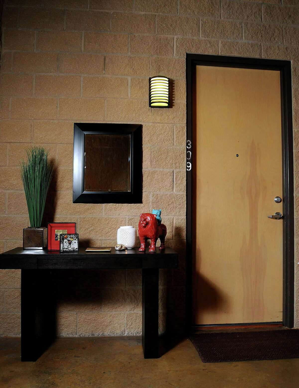 The entryway outside the home of Feng Shui expert Gina Castellano at the Stanford Lofts Friday Aug. 03, 2012.(Dave Rossman/For the Chronicle)