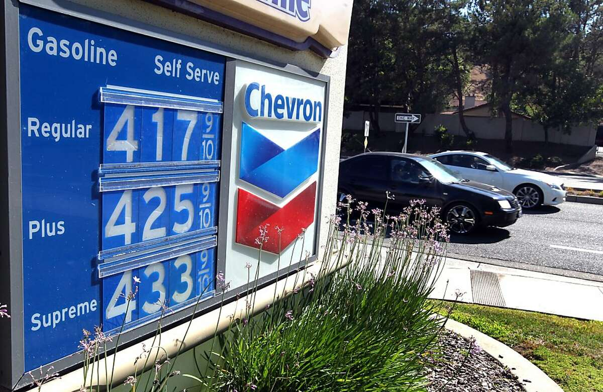 A San Ramon California Chevron gas station has plenty of customers paying the posted price of $4.17.9 per gallon Friday August 17, 2012.