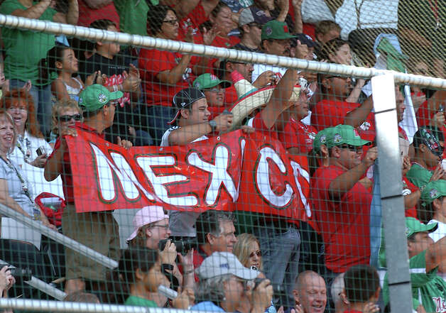 Mexican fans showed their national pride during opening ceremonies of the Little League World Series. Photo: Christian Abraham / Connecticut Post