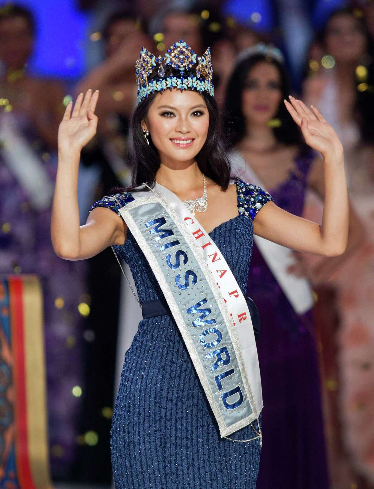 Newly crowned Miss World Yu Wenxia of China acknowledges the audience after being crowned Miss World 2012 at the Ordos Stadium Arena in inner Mongolia, China, on Saturday, Aug. 18, 2012. Wenxia of China defeated more than 100 other hopefuls at the glittering ceremony.
