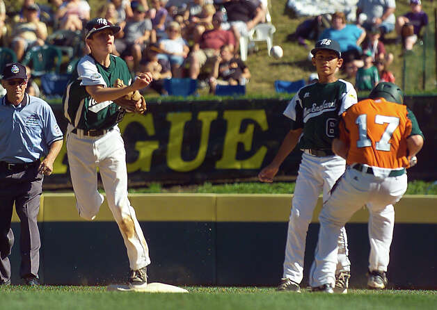 2012 Little League World Series game action between New England and Midwest in South Williamsport, Penn. on Saturday August 18, 2012. Photo: Christian Abraham / Connecticut Post