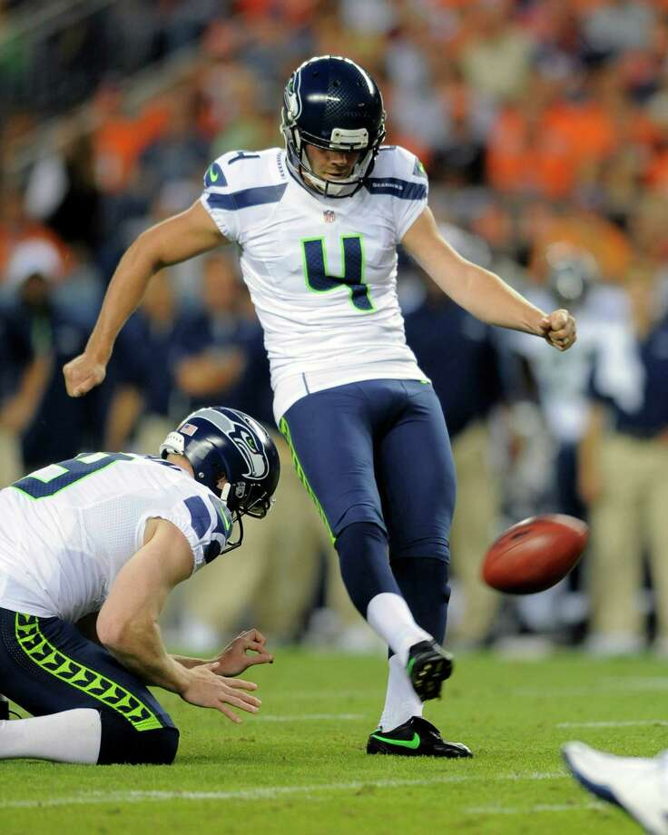 Seattle Seahawks kicker Steven Hauschka (4) boots a field goal against the Denver Broncos. Photo: AP