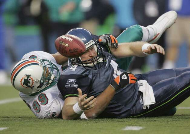 Trent Dilfer, 2001-2004: Arriving in Seattle after seasons in Tampa Bay and Baltimore, Dilfer supported Matt Hasselbeck before he became the starting back for Cleveland. His career QB rating is 70.2. Photo: Jeff Gross, Getty Images / 2004 Getty Images