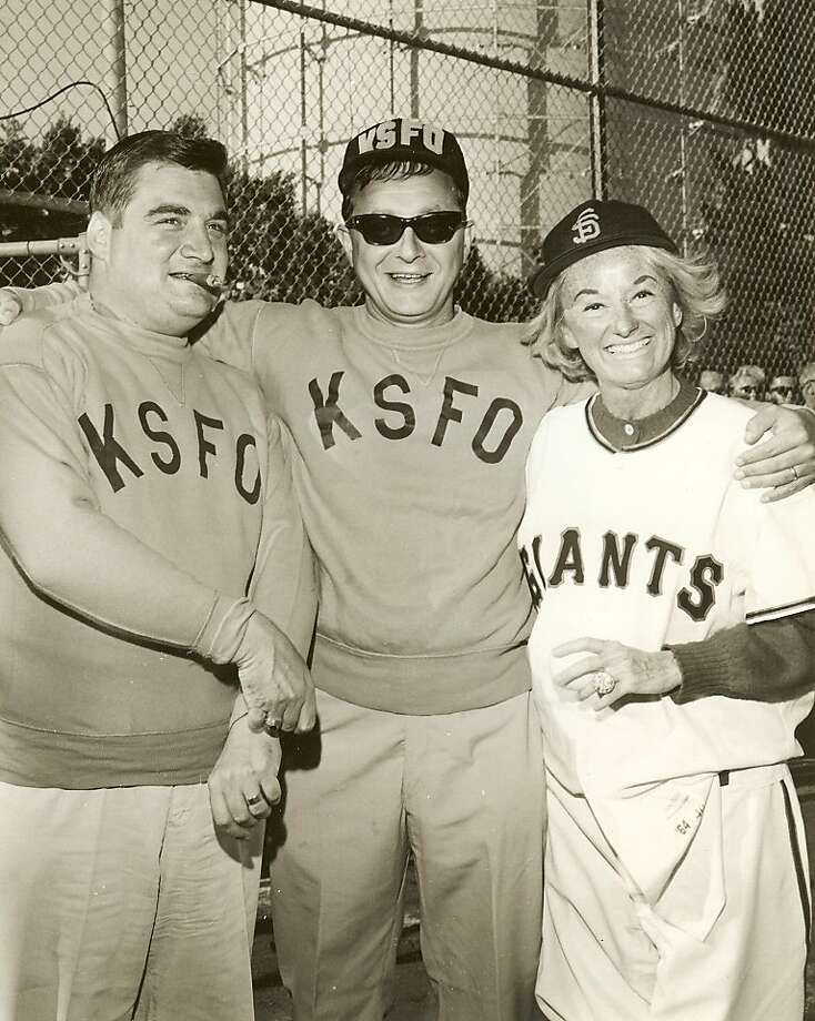 White House Press Secretary Pierre Salinger (left), KSFO's Allan Newman and Phyllis Diller attend a softball game in 1962. Photo: Unknonw