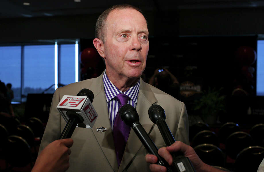 Incarnate Word football coach Larry Kennan hopes the school's move to the Southland Conference will aid recruiting. Photo: Edward A. Ornelas, San Antonio Express-News / © 2012 San Antonio Express-News