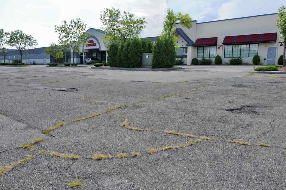 View of the Latham Circle Mall, which may by replaced by the Shoppes at Latham Circle, on Monday Aug. 20, 2012 in Latham, NY. (Philip Kamrass / Times Union)