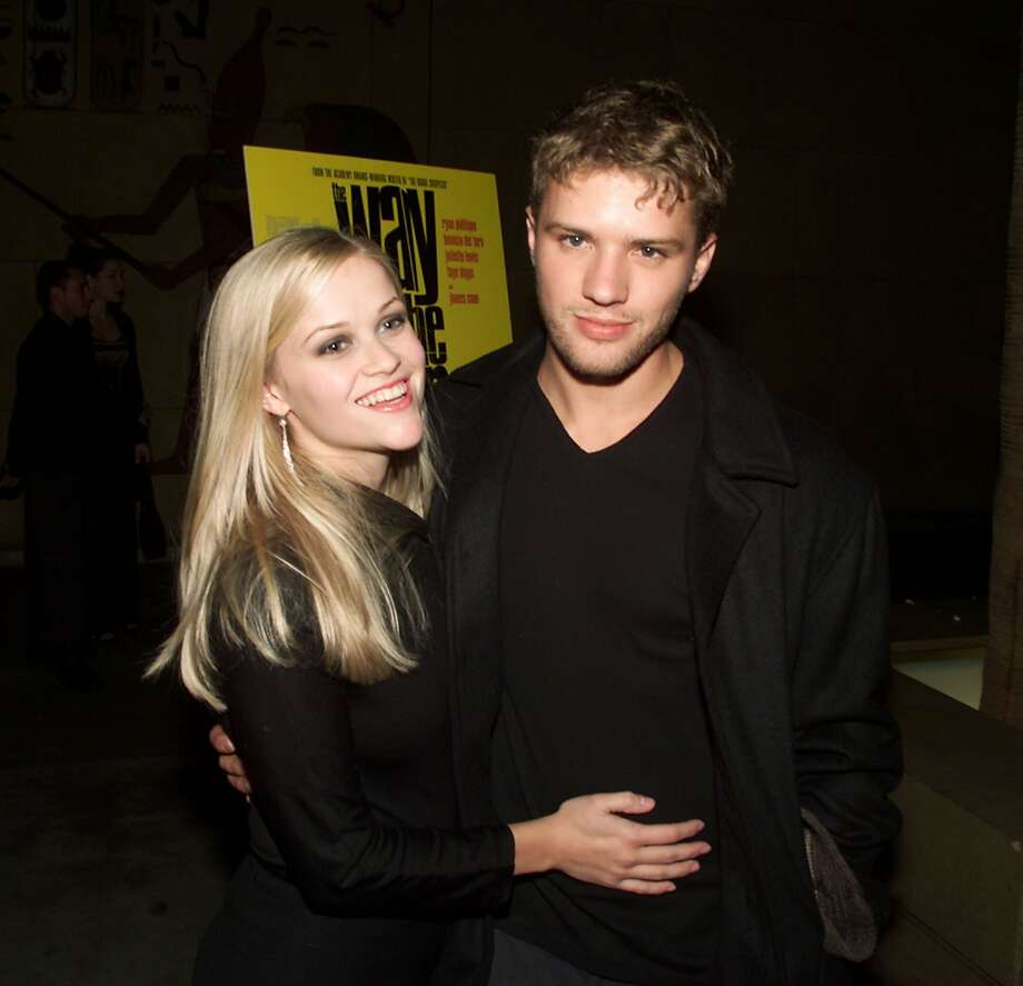 Ryan Phillippe and Reese Witherspoon in 2000.  (Getty Images)