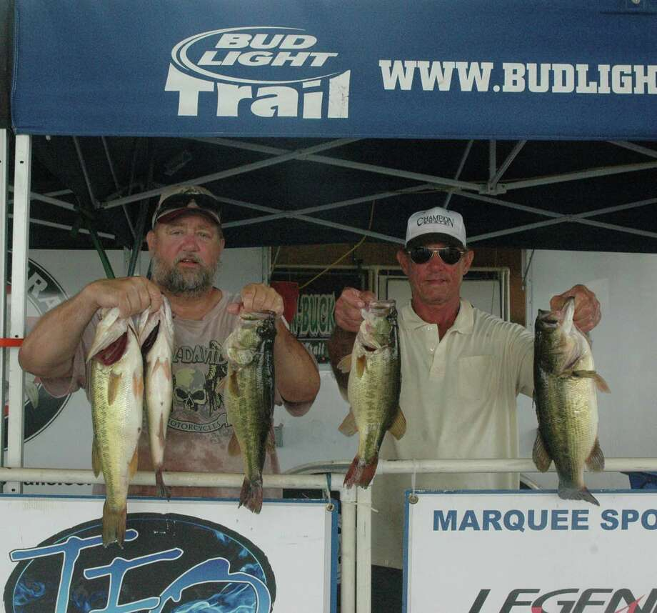 Donald Randall and Don Taylor brought home $1,000 for their 19.21 lbs limit. Photo: Jodie Warner