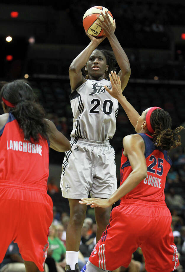 Shameka Christon launches a shot in the first half as the Silver Stars host the Washington Mystic at the AT&T Center on August 21, 2012. Photo: Tom Reel, Express-News / ©2012 San Antono Express-News