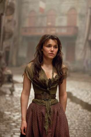 "SAMANTHA BARKS as Éponine in ""Les Misérables"", the motion-picture adaptation of the beloved global stage sensation seen by more than 60 million people in 42 countries and in 21 languages around the globe and still breaking box-office records everywhere in its 27th year.  Helmed by ""The King's Speech's"" Academy AwardAE-winning director, Tom Hooper, the Working Title/Cameron Mackintosh production stars Hugh Jackman, OscarAE winner Russell Crowe, Anne Hathaway, Amanda Seyfried, Eddie Redmayne, Aaron Tveit, Barks, with Helena Bonham Carter and Sacha Baron Cohen. Photo: Photo Credit: Laurie Sparham"