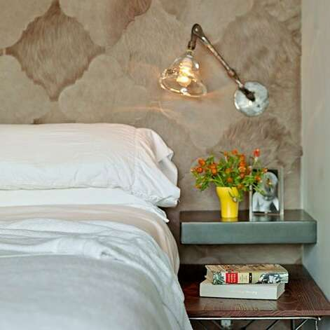 20 design tips for small bedrooms - SFGate