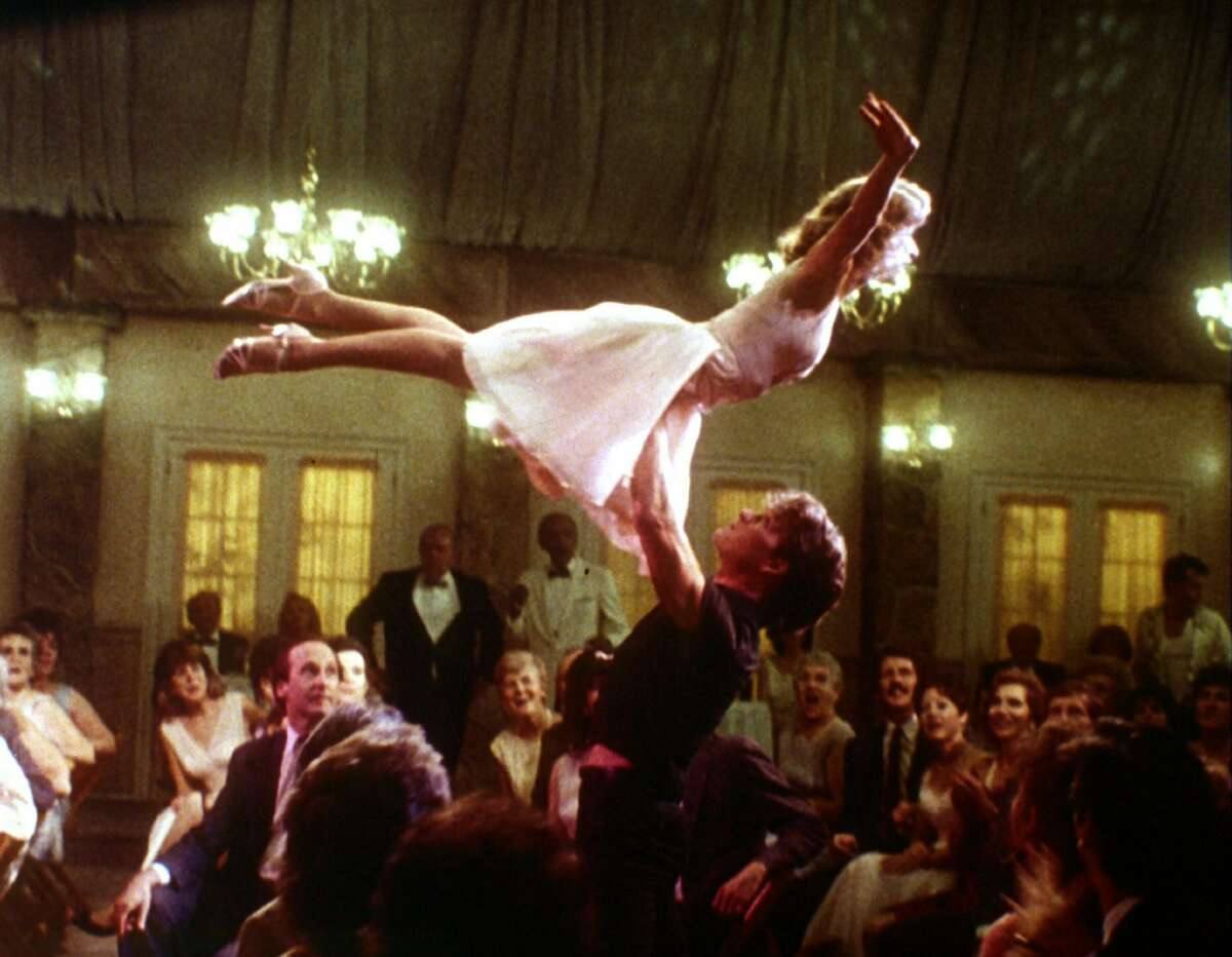 They did the lift! Jennifer Grey and Patrick Swayze in
