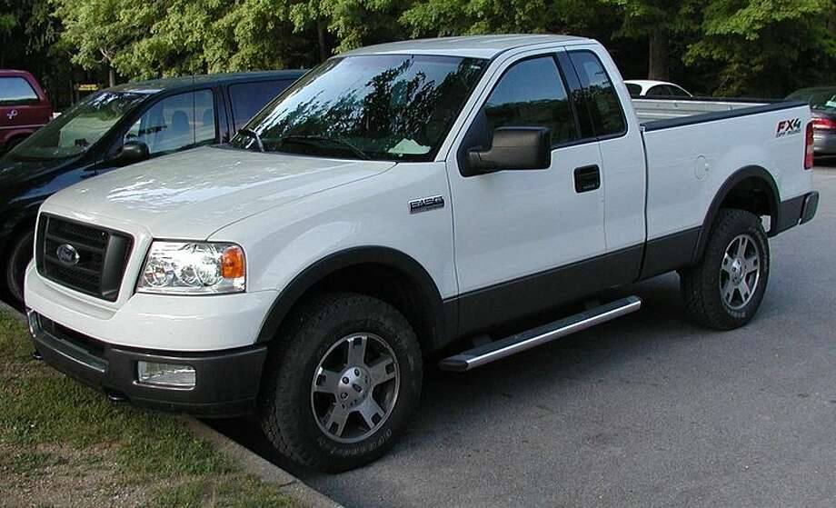 3. (US) 2006 Full-size Ford pickup, photo by Lafayette Photo: Creative Commons