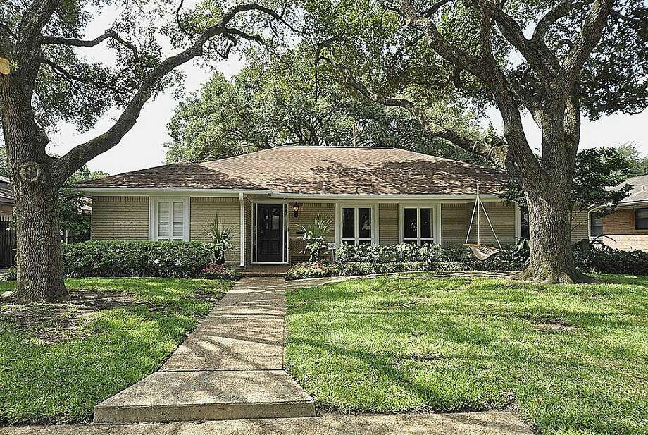 No 4: 77027