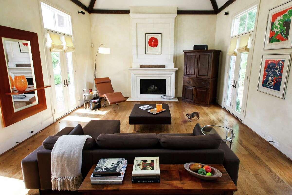 Singer Kristine Mills Home Offers A Fresh Riff