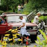 """Actors Eva Mendes,left, and Ryan Gosling on the set of """"The Place Beyond The Pines"""" on Watt Street in Schenectady, NY Tuesday Aug. 9,2011.( Michael P. Farrell/Times Union)"""