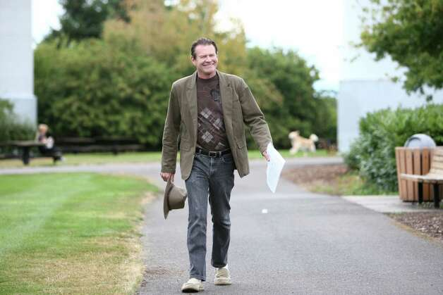 "Comedian Pat Cashman walks onto the set during a shoot for the new show ""The 206"" on Thursday, August 23, 2012 at Mercer Island's Park on the Lid. The show is being produced by many of the original creators of popular television show Almost Live and will feature original comedic sketches. Photo: JOSHUA TRUJILLO / SEATTLEPI.COM"