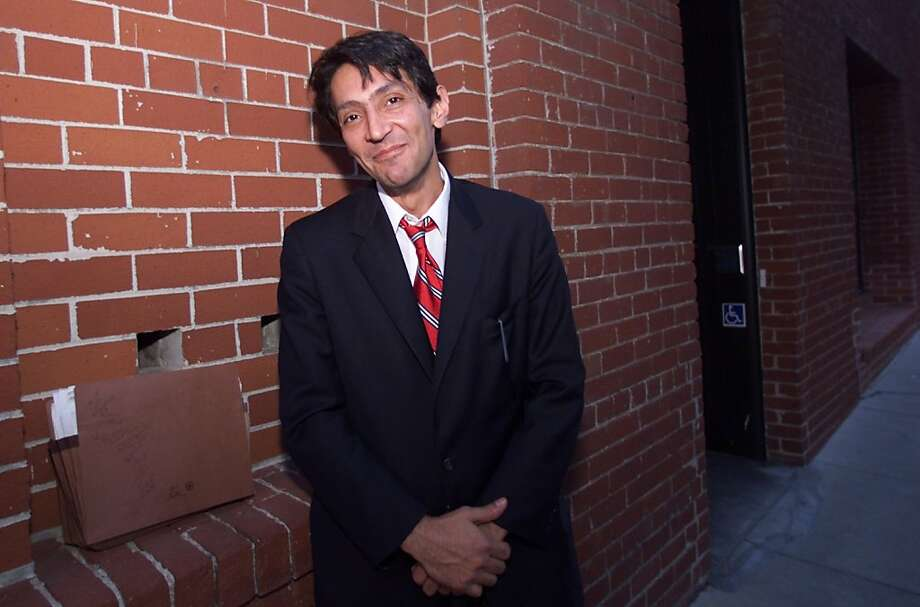 BBC07-06NOV00-PZ-BW--Reza Eslaminia, the final defendant in the infamous Billionaire Boys Club murder case, had to smile after the case against him was thrown out Monday. By Brant Ward/Chronicle.  ALSO RAN 11/8/2000; 07/07/2004. Photo: Brant Ward, SFC